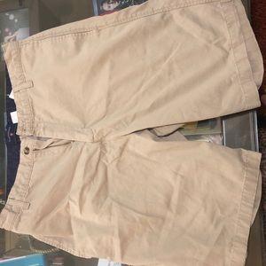 Khaki shorts size 32